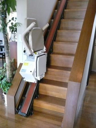 これは便利な階段昇降機