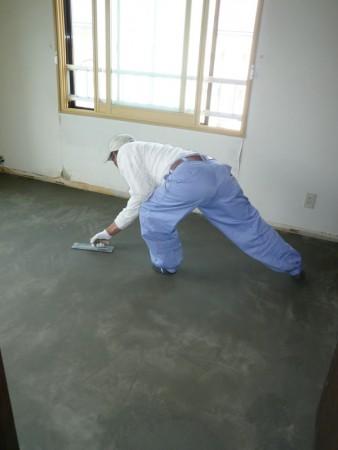 壁も床も明るく丈夫に!
